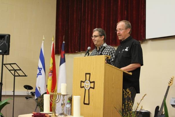 Marvin and Pastor Josh Fajardo at the CR seminar in Rivas, Spain.